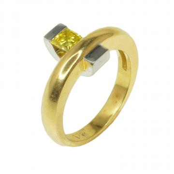 טבעת יהלום צהוב מדגם Crown