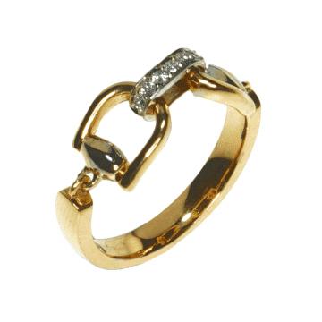 טבעת זהב ויהלומים מדגם Bond