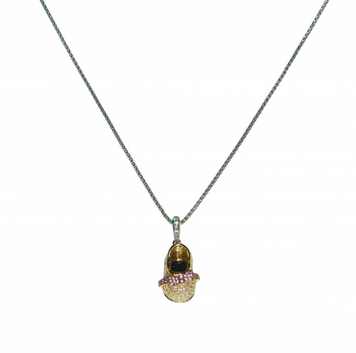 Sapphires and diamonds pendant