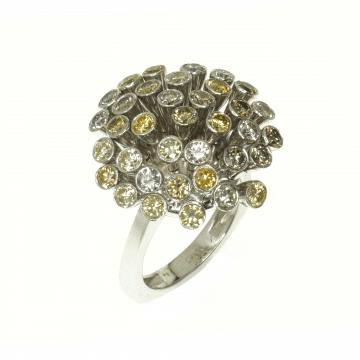 טבעת יהלומים צבעוניים מעוצבת מדגם Pop candy