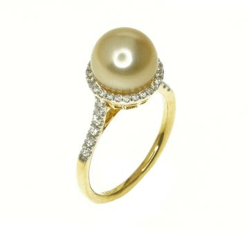 טבעת פנינה ויהלומים מדגם Isadora
