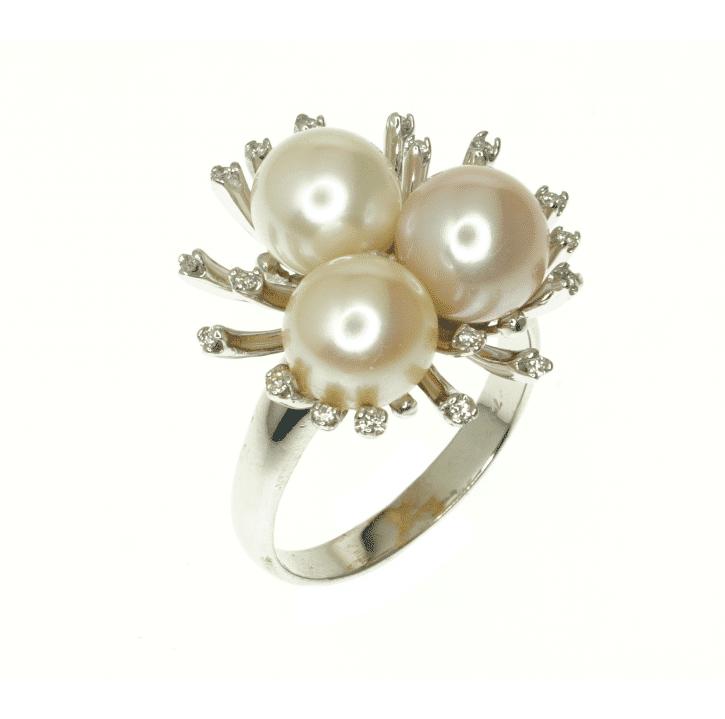 טבעת פנינים ויהלומים מדגם Pearls of life